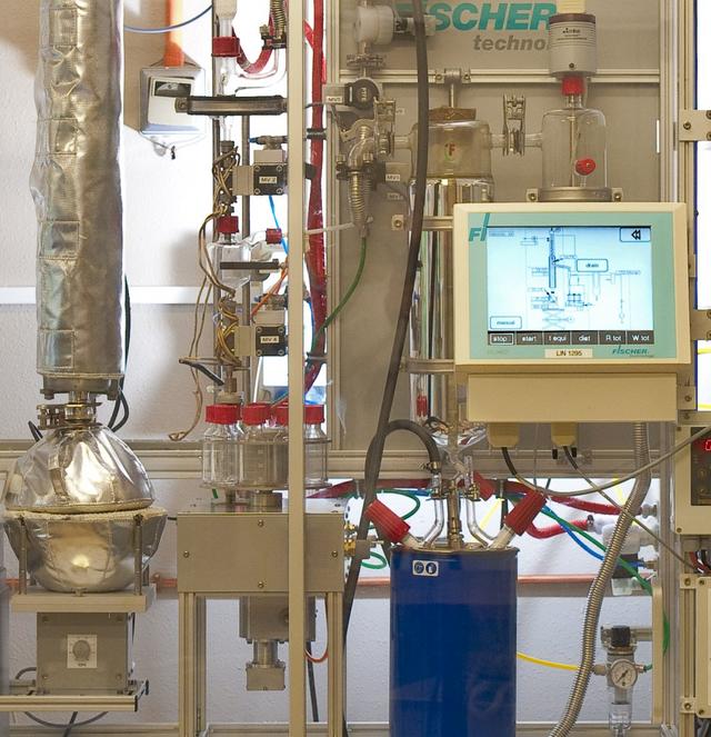 Refiners Crude Assay Testing