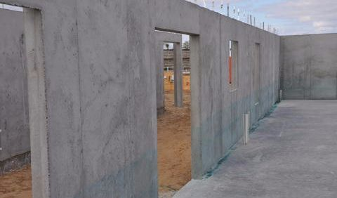 Concrete foundation and walls