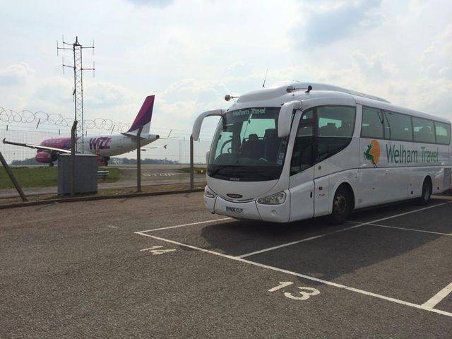 airport-transfers-milton-keynes-welham-travel-luxury-coaches1