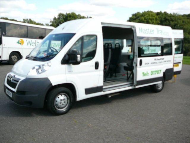 transport-services-luton-welham-travel-coach2