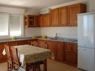 Cucina in tiglio effetto ciliegio, cucina in ciliegio, cucina in legno