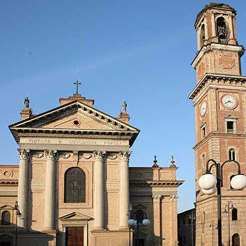 chiesa e campanile a offanengo