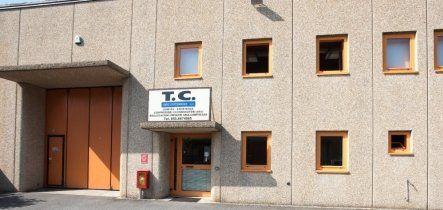 vista frontale edificio ditta T.C Aria Compressa