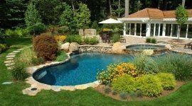 allestimento giardini, allestimento aree verdi, manutenzione giardini