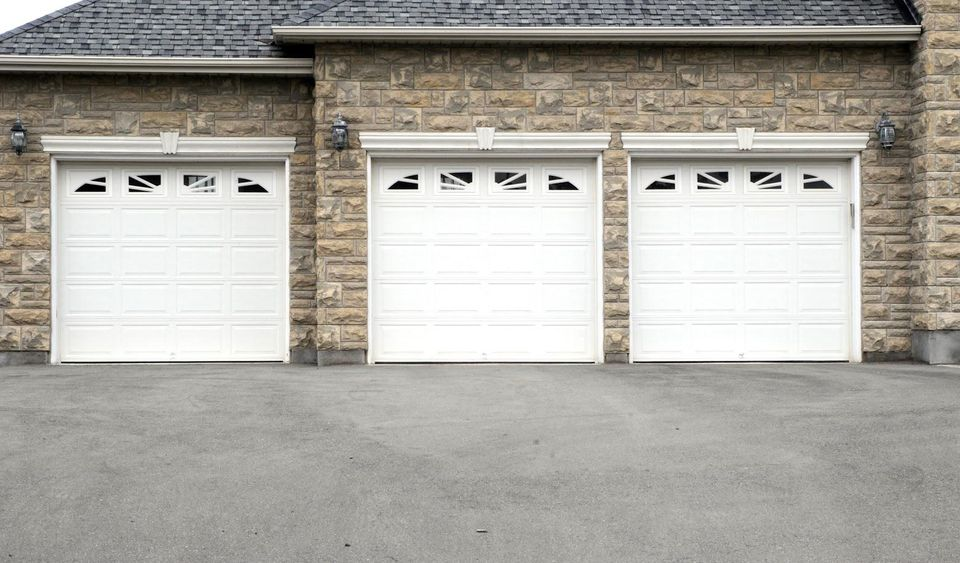 3 Ways To Weatherproof Your Garage Door, How To Weatherproof A Garage Door