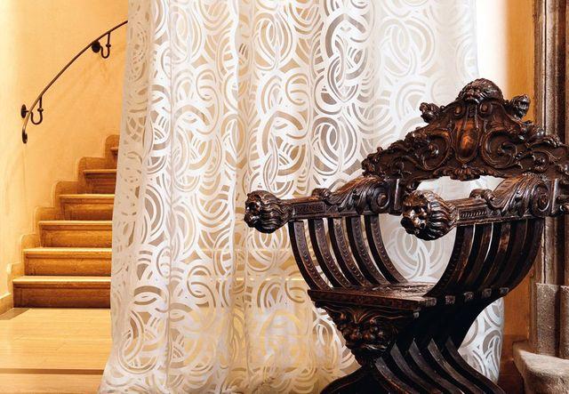 Poltrone e complementi d'arredo vario presso Tricoli di Della Pietra Gesuela