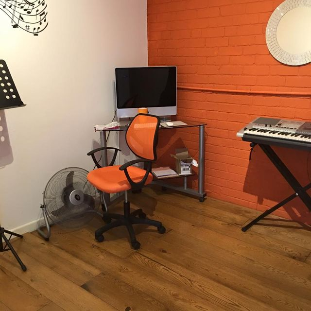 Fully equipped studio