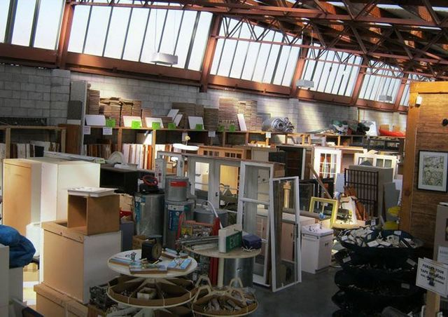 Building recyclers in Wellington