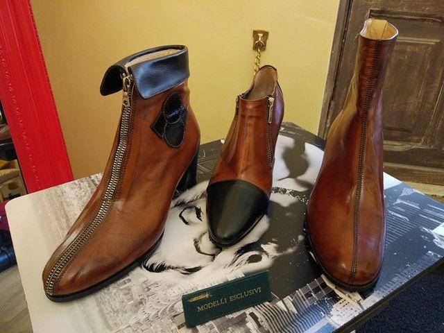 scarpe in pelle marrone