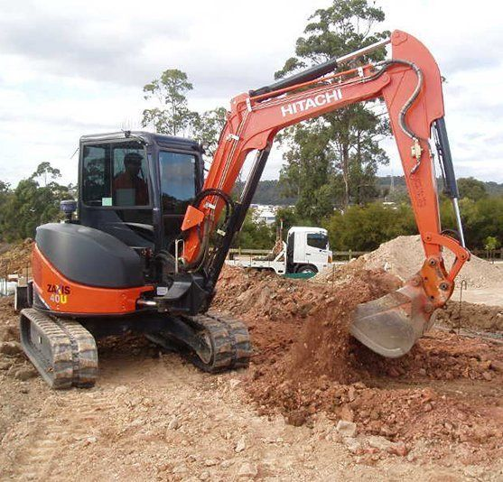 Excavating & Bobcat Hire Gold Coast | E & R Bobcat