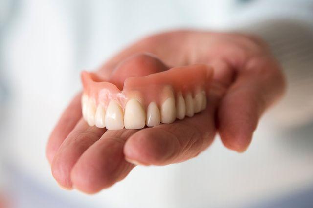 Dentures & Veneers   Greensboro, NC   Amanda Beeker DDS PLLC