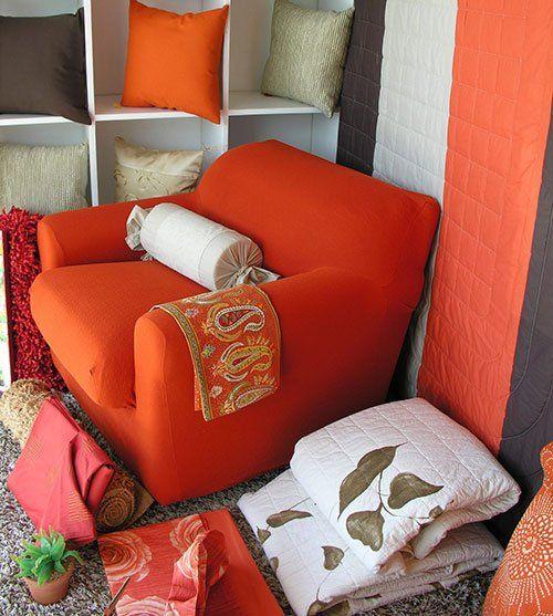 Tessuti e rivestimenti per poltrone divani per l'arredamento casa di Linea Casa a Lipomo e Como