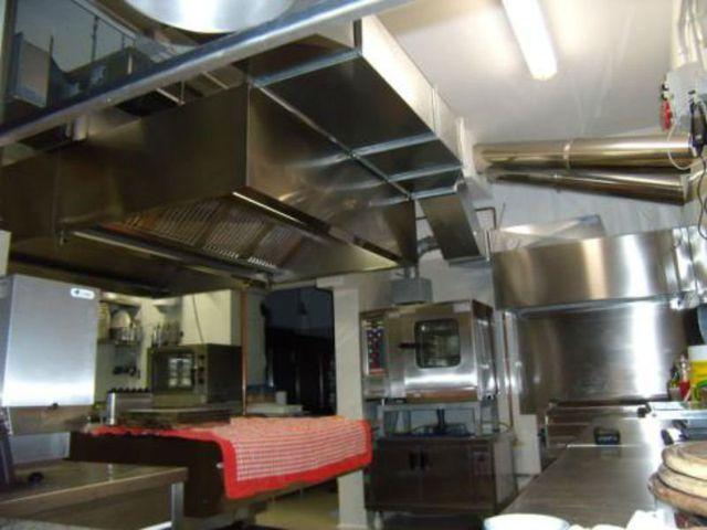 Cappa aspirante di una cucina