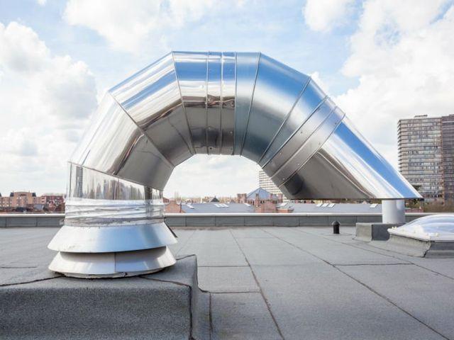 Sistema di areazione su un soffitto