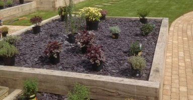 Paving and Landscaping Ideas For Small Gardens