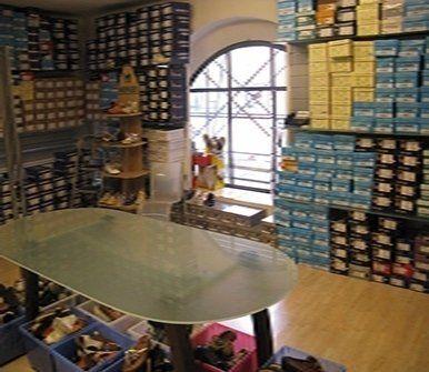 confezioni di scarpe