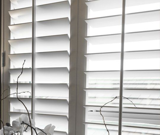 blinds fitting