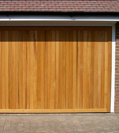 Quality timber garage doors fitted in buckinghamshire for Premier garage doors