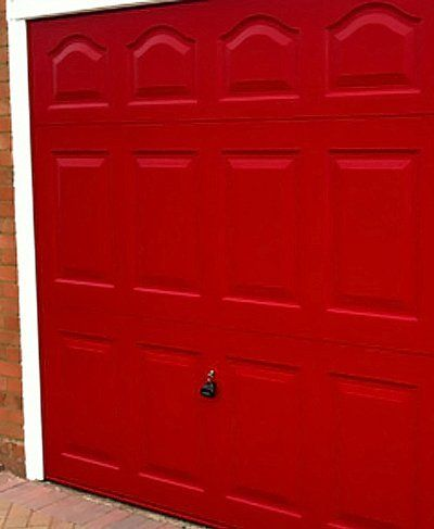 Up and over garage doors fitted in buckinghamshire beyond for Premier garage doors