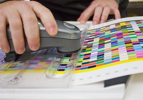 Spettrofotometri per misurazione di colore