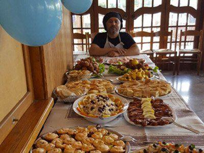tavolo con buffet