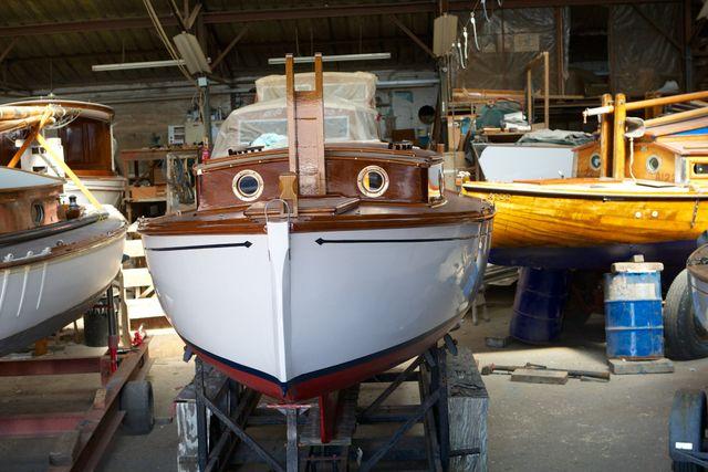 Top-quality boat restoration