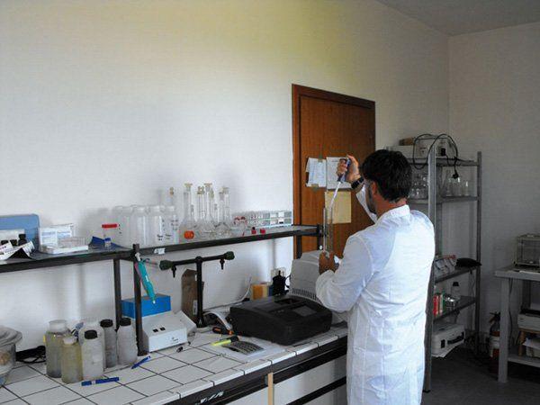 Laboratorio di analisi dei residui