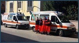 ambulanze e squadra soccorso