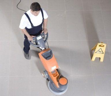 Pulitura pavimenti Opak
