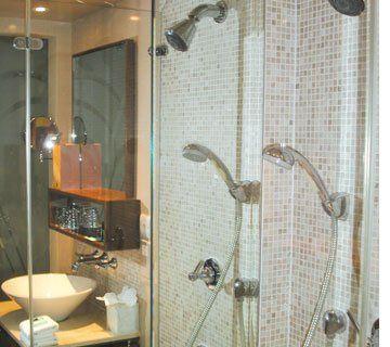 Bathroom designs - Bromley - Flujo - shower
