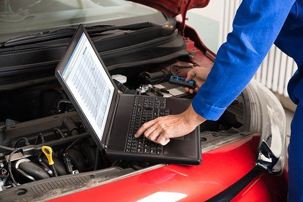 Controllo del motore da computer