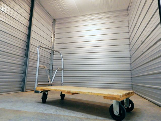 Storage Facilities in Fayetteville and Lowell, AR