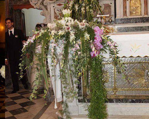 decorazione floreale per la chiesa