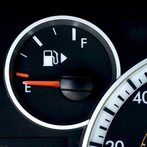 Deposito di carburante vuoto