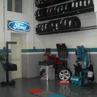 Angolo per il cambio di pneumatici