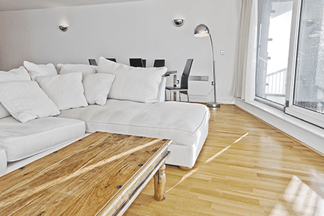 Divani di qualità fatti a mano in una casa a Forlì-Cesena