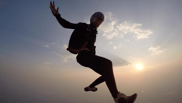 Tube Jump Skydive Hybrid
