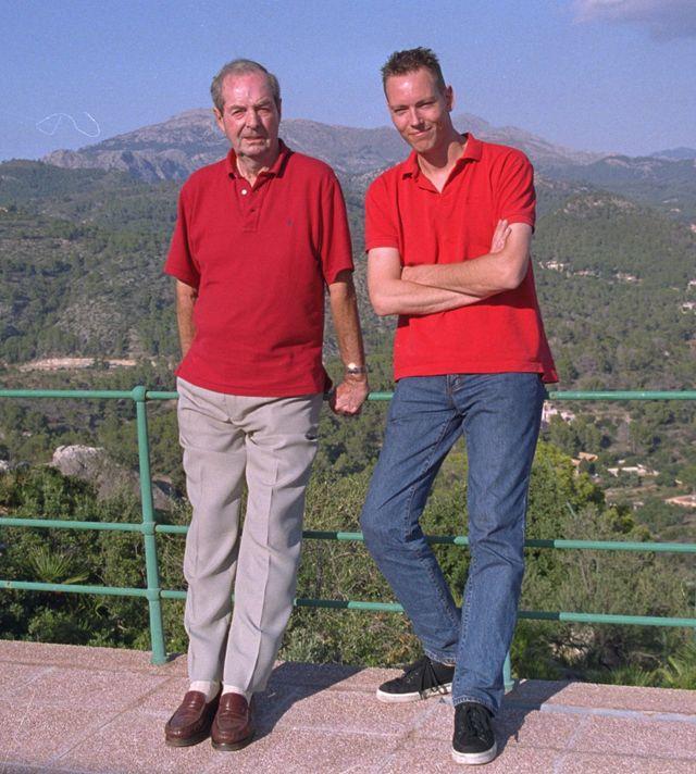Martijn Mulder (right) with Bond director Guy Hamilton in Mallorca