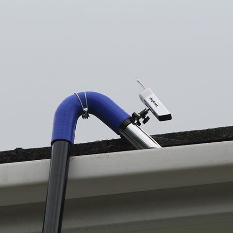 cleaning gutter channel