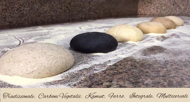 vieni a provare i nostri impasti con farina di kamut, farro o grano saraceno, oppure assaggia la classica pizza a lunga lievitazione o la nostra specialità con burrata