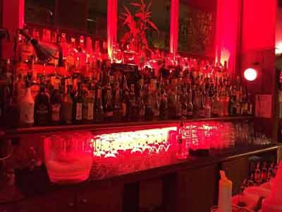 bancone con liquori