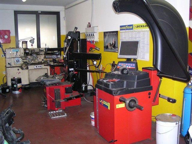 macchinari per la calibrazione e la convergenza dei pneumatici - convergenza