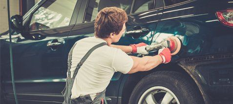 Professional performing auto repair and glass installation in Hastings, NE