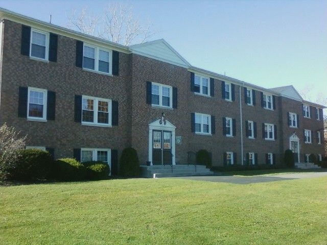 Amazing apartment rentals in  Geneseo, NY