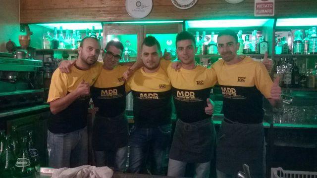 staff pizzeria La Frasca in cucina