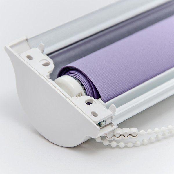 cloe-up of the mechanism inside a roller blind