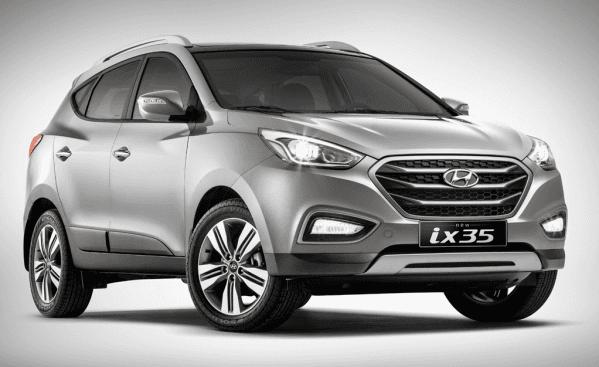 un SUV nero Hyundai