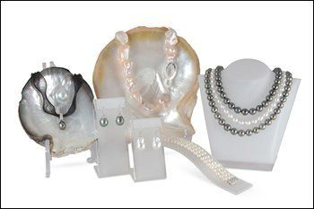 girls love pearls beautiful pieces of pearl jewellery
