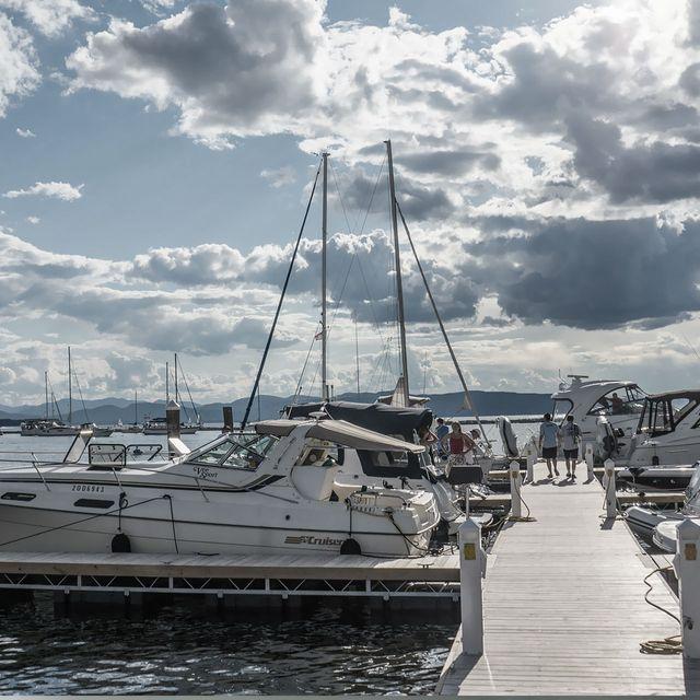Blue Wave Boat, SeaArk Boats | Clarksville & Buggs Island, VA