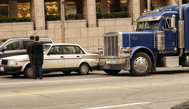 Trucking Accident Attorney Hobbs, NM